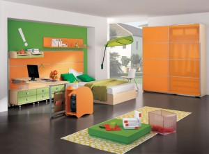 Разноцветная мебель