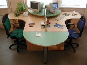 Офисный стол на двоих
