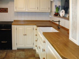 kitchen furniture 300x224 Мебель для кухни