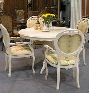 stol stul 287x300 Столы и стулья важны в любом интерьере