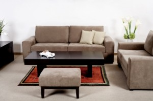 kak uhazhivat za mebelyu 300x199 Несколько общих правил эксплуатации мебели